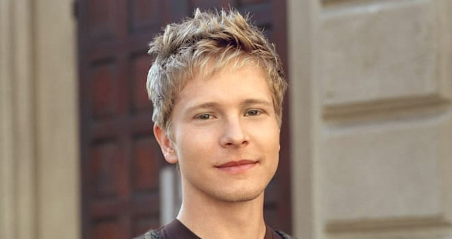 Matt Czuchry as Logan Logan Huntzberger in GILMORE GIRLS