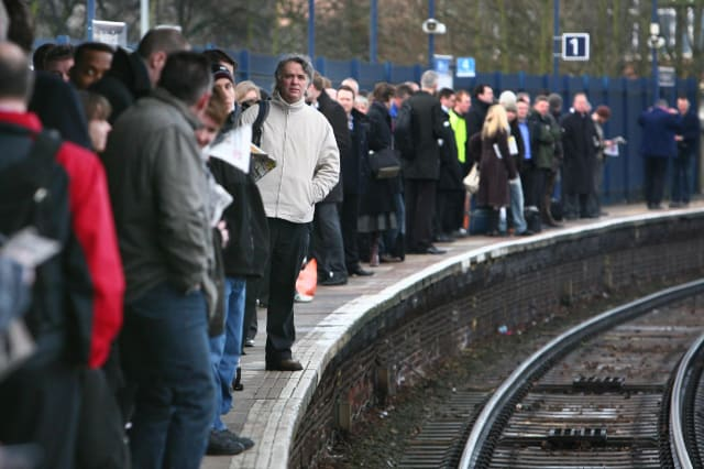 Tweets angry rail passengers
