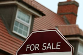 House prices surge with 7.7\% rise