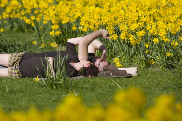Warm weather will replace Bank Holiday washout