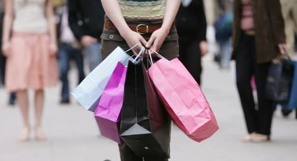 young woman,shopping,shopping spree,shopping bags