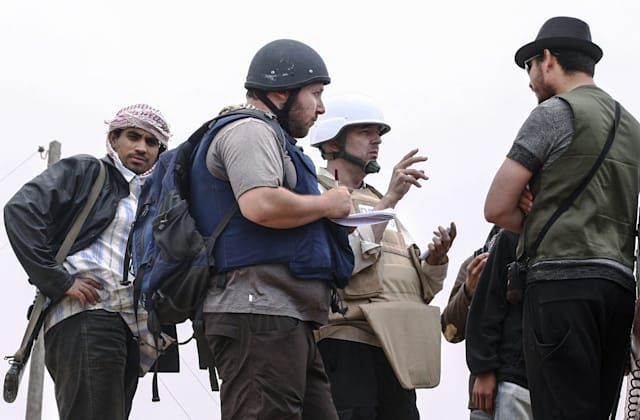 File Photo Of US Journalist Steven Sotloff Held Hostage By Extremists