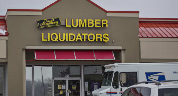 Lumber Liquidators Falls 25 Percent After '60 Minutes' Story