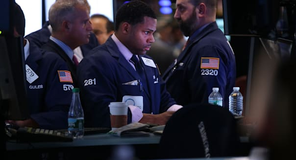 Stocks fall in advance of fed meeting