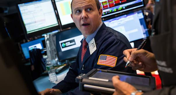 new york stock exchange traders wall street stocks earnings investing
