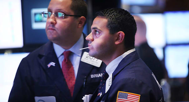 new york stock exchange traders investing earnings economy jobs employment report