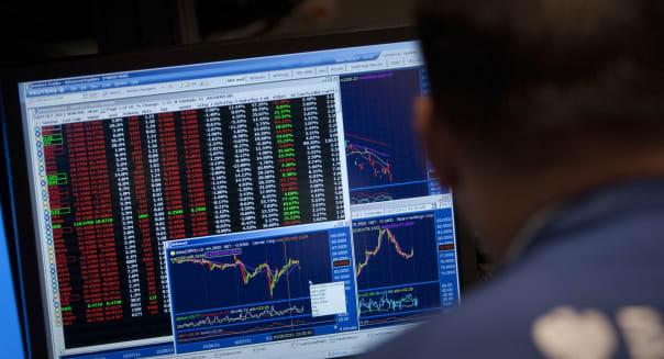 U.S. Stocks Decline Amid Europe Concerns