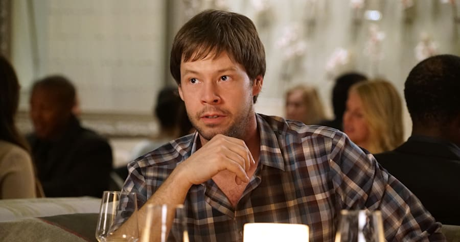 'Mindy Project' Star Ike Barinholtz Recovering After Breaking Neck on Movie Set