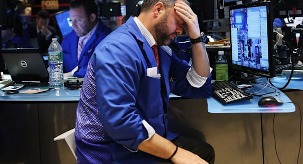 Dow Plunges Over 130 Points After 2 Days Of Major Gains