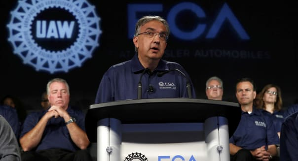 Fiat Chrysler Union Talks Seen Contentious as Merger Urged