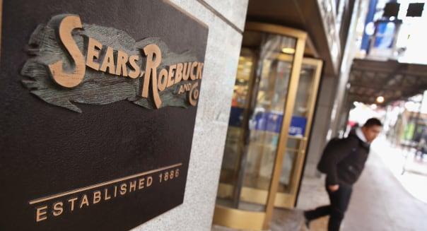 Former Sears exec calls for retailer to liquidate