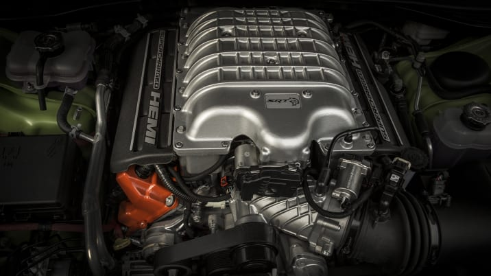 Dodge Challenger SRT Hellcat engine
