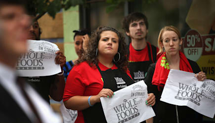 Fast Food And Retail Workers Hold Protests In Chicago