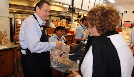 Boston Market CEO George Michel Works at Miami-area restaurant on Thanksgiving