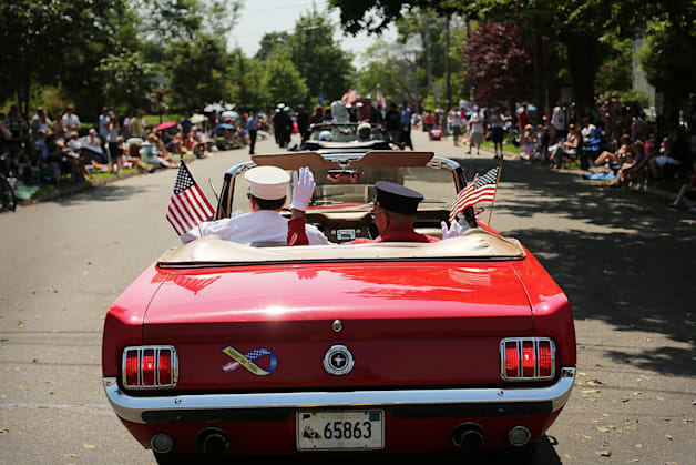 Fairfield, CT, Marks Memorial Day With Parade