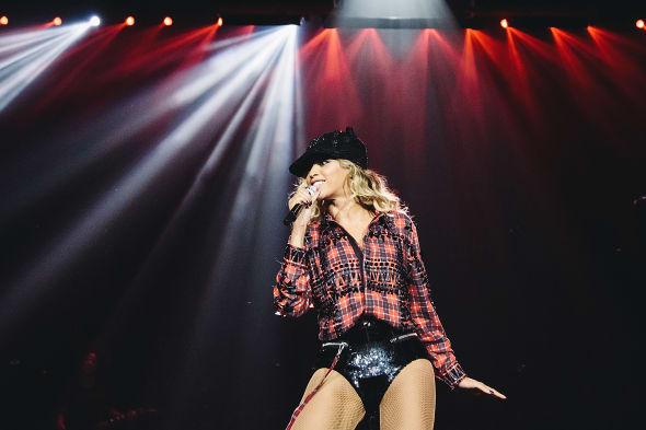 Beyonce - Mrs. Carter World Tour 2014 - Birmingham