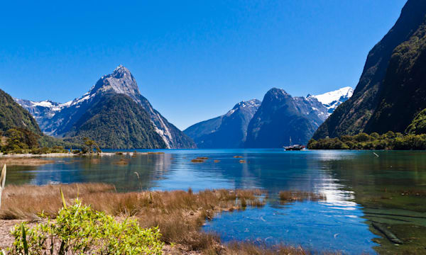 Milford Sound with a view of Mitre Peak, Fiordland National Park, New Zealand