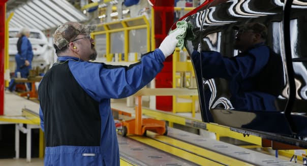 Chrysler Group CEO Sergio Marchionne Visits Assembly Plant After $1 Billion Investment