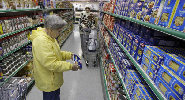 Import Prices Rise on Surge in Food Costs