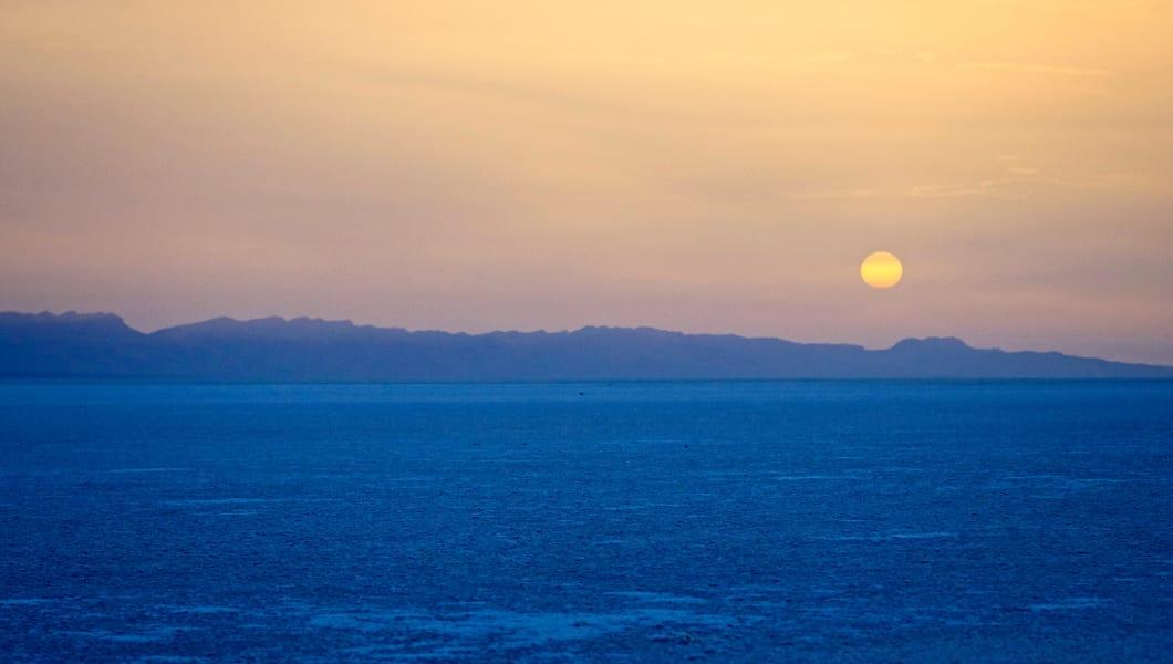 sunrise over the salt flats chott el djerid tunisia skywalker view