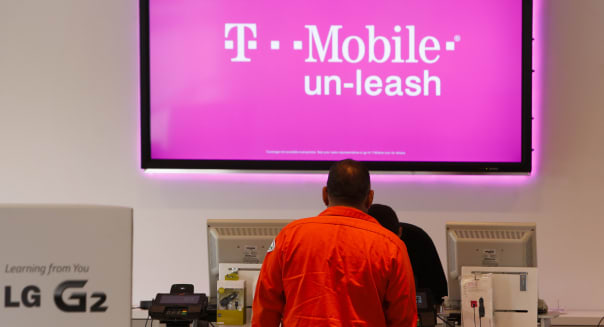 Inside A T-Mobile Store Ahead Of Earnings Figures