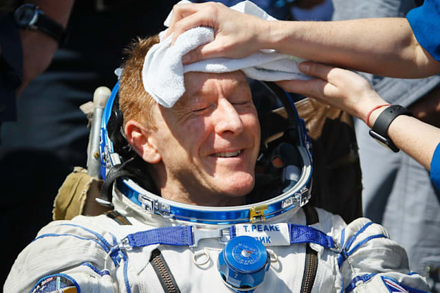 KAZAKHSTAN-RUSSIA-US-BRITAIN-SPACE-ISS-LANDING