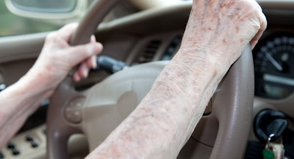 Holidng Steering Wheel