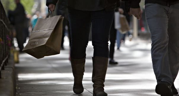 Shoppers On The Magnificent Mile Ahead Of Consumer Confidence Figures