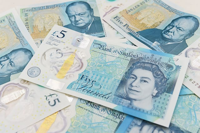 There's still one Jane Austen £5 note to be found