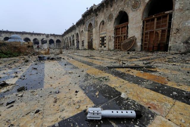 MIDEAST-CRISIS/SYRIA-MOSQUE