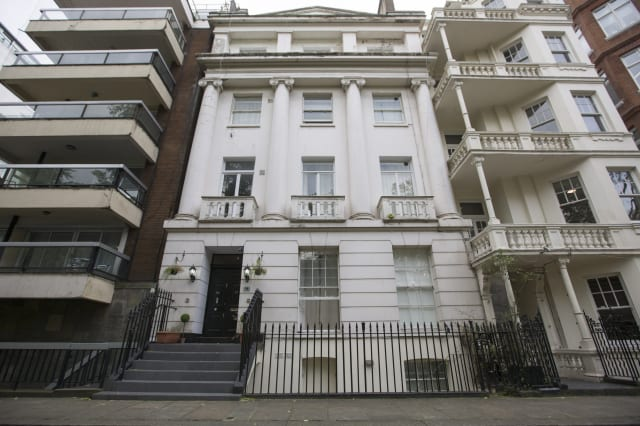 Hyde Park landlord fined for cramming 18 people into one flat