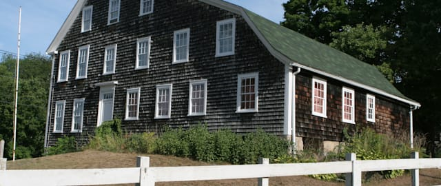 Historic Colonial Paine House in Coventry, Rhode Island