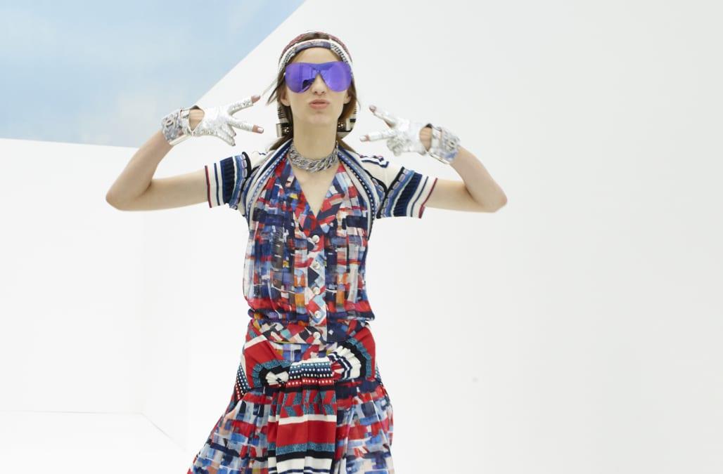 Chanel : Backstage - Paris Fashion Week Womenswear Spring/Summer 2016