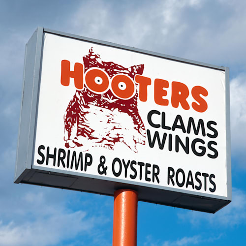 Hooters Restaurant Sign, Florida, USA