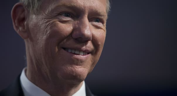 Ford CEO Alan Mulally staying put