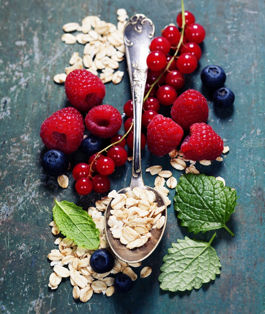 Berries and oats are the Beyonce and Jay Z power couple of