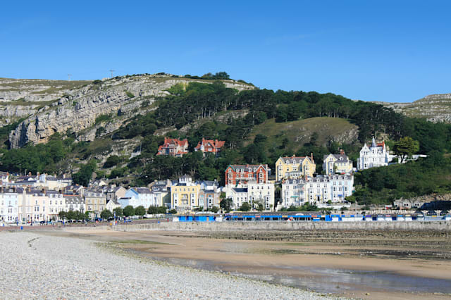 A beautiful scenery of the Llandudno seafront