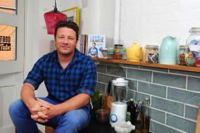Jamie Oliver promotes Save With Jamie