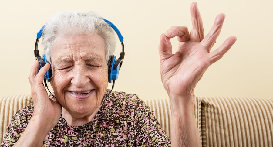 Singing abilities in people with dementia have anecdotally been seen, but now there's