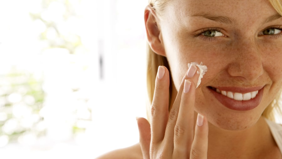 Algae create lipids and fats that can be used in skin