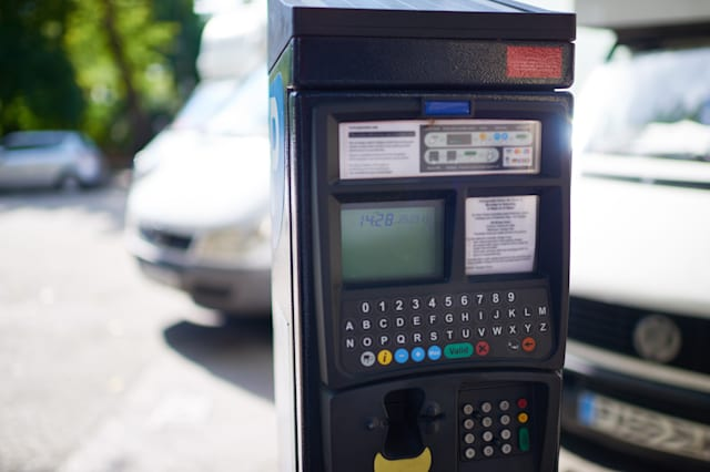 This machine helps you to pay parking tickets quickly and conveniently