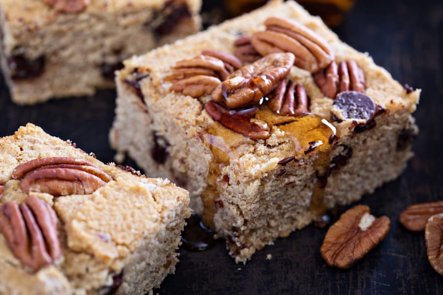 Chickpea blondies are packed full of fibre and plant