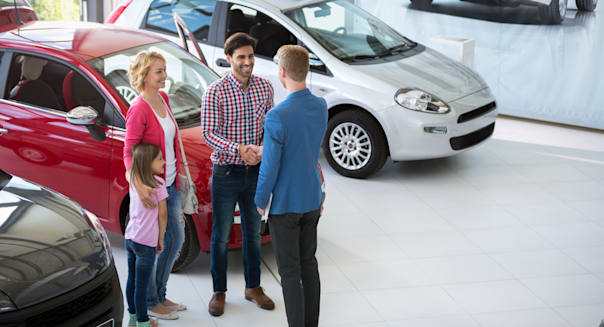 car agent congratulate the family