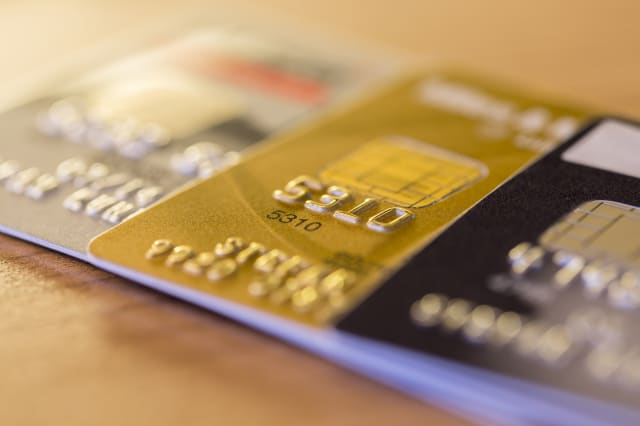 Best-ever time to pay of credit card debts with a 0% card
