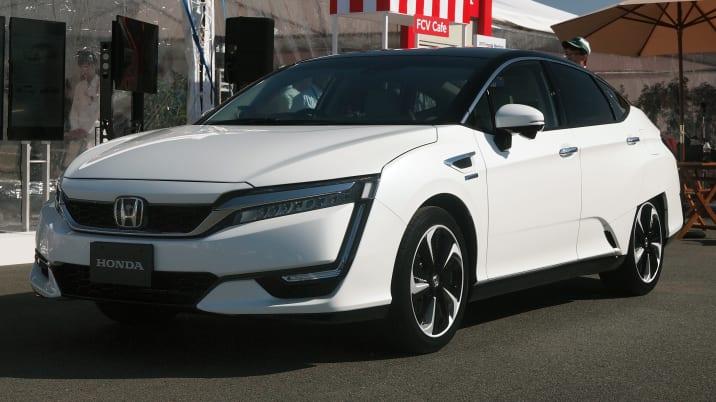 Honda FCEV fuel cell car