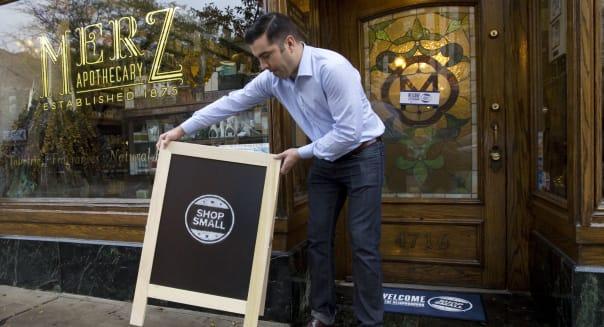 American Express OPEN/LXTV/Simon Doonan small business window makeover shoot