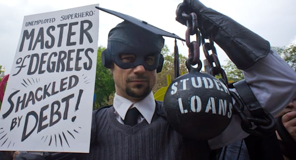 How to Pay Off $30,000 of Student Debt In 3 Years