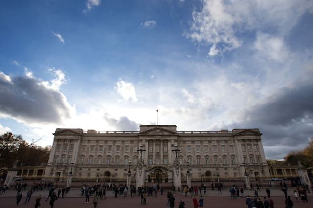 Should taxpayers fork out for Buckingham Palace renovations?