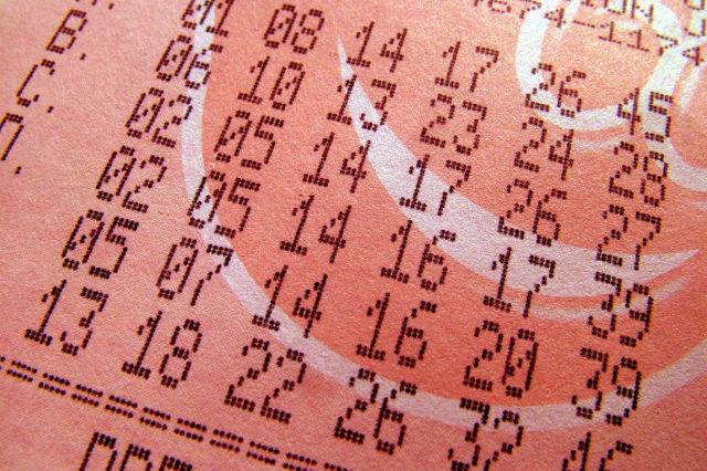 Lotto jackpot rises to £4.3m