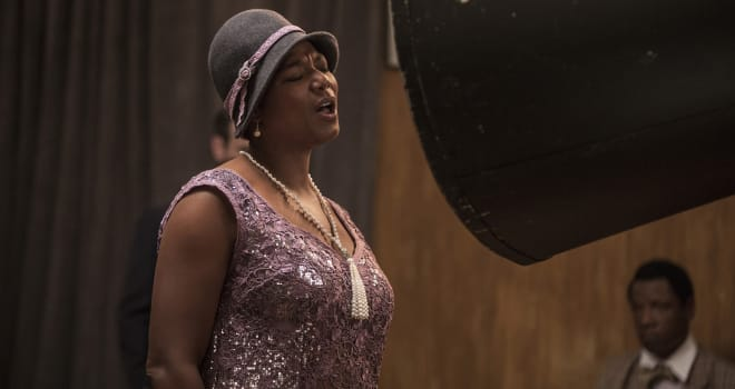 Queen Latifah in Bessie